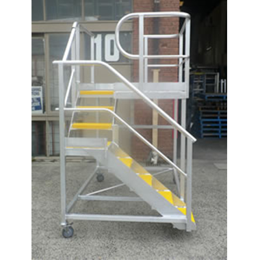 Custom Mobile Aluminium Stair Platform with Right Angle Bend